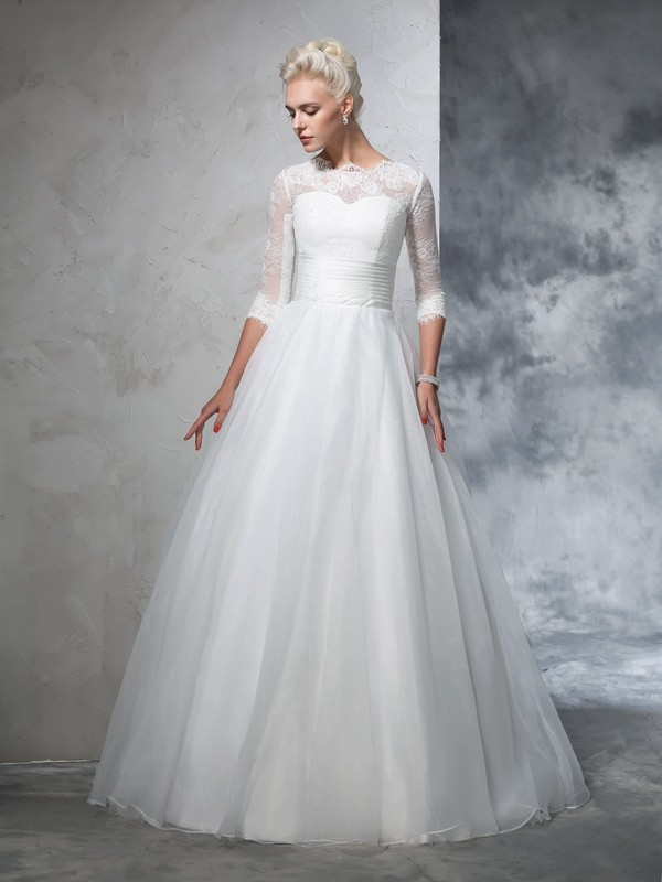 Elegant Ball Gown Jewel Cut Organza Long Wedding Dresses With Applique