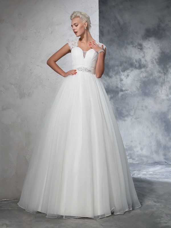 Lovely Ball Gown Sweetheart Cut Tulle Long Wedding Dresses With Ruched