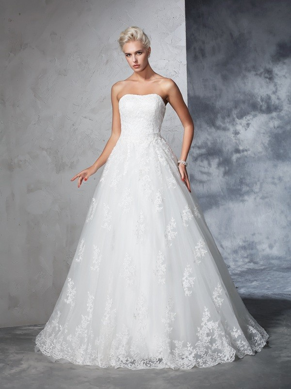 Attractive Ball Gown Strapless Cut Lace Long Wedding Dresses With Lace
