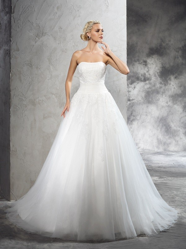 Chic Ball Gown Strapless Cut Satin Long Wedding Dresses With Applique