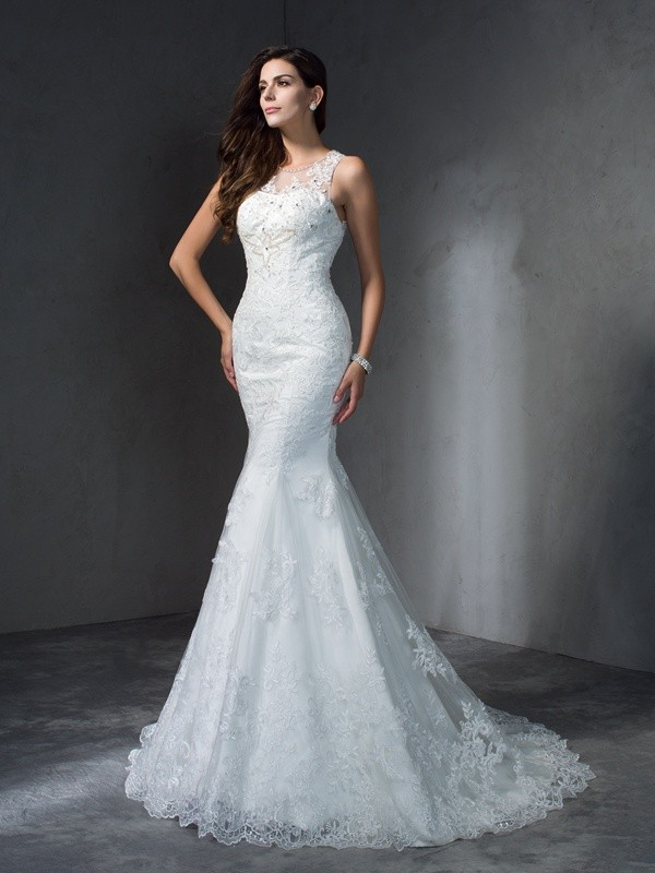 Nice Mermaid Scoop Cut Lace Long Wedding Dresses With Applique