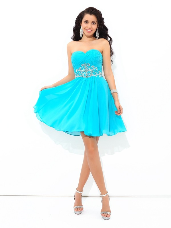 Attractive A-Line Sweetheart Cut Chiffon Short Dresses With Pleats