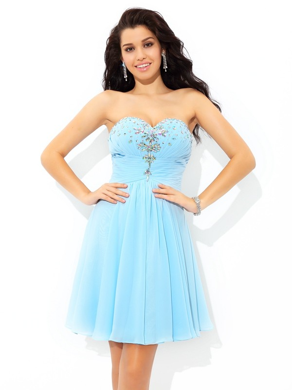 Delicate A-Line Sweetheart Cut Chiffon Short Dresses With Beading
