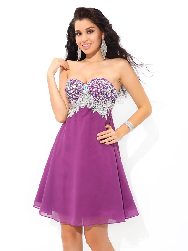 Bright A-Line Sweetheart Cut Chiffon Short Dresses With Rhinestone