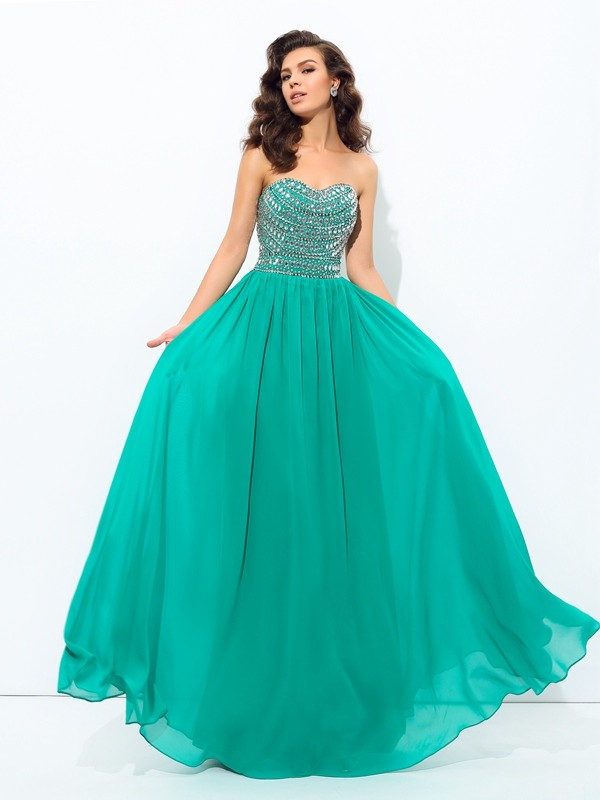 Nice A-Line Sweetheart Cut Chiffon Long Plus Size Dresses With Beading