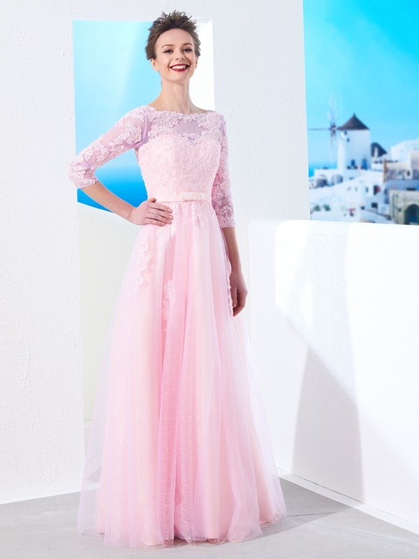 Delicate A-Line Bateau Cut Tulle Long Dresses With Applique