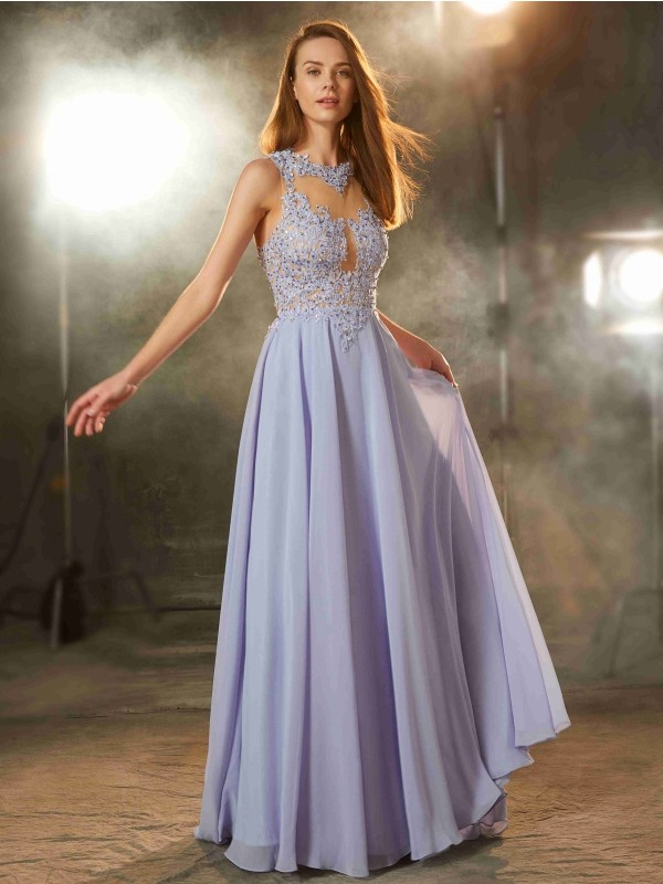 Gorgeous A-Line Scoop Cut Chiffon Long Dresses With Applique