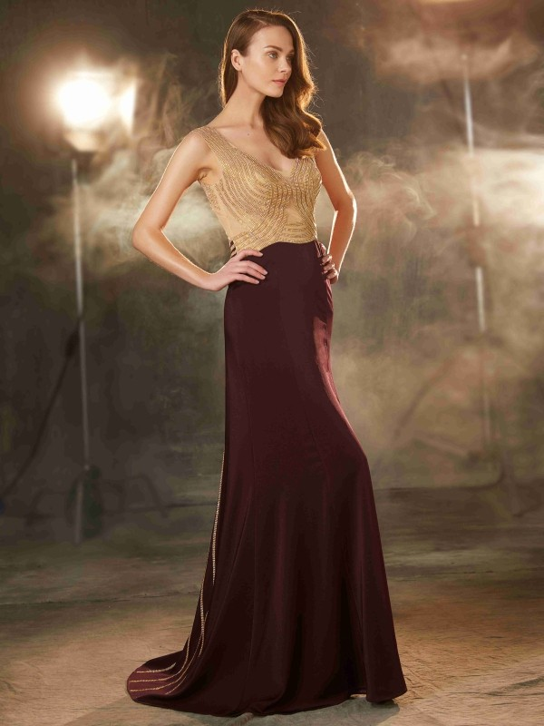 Charming Sheath Straps Cut Jersey Long Dresses With Beading