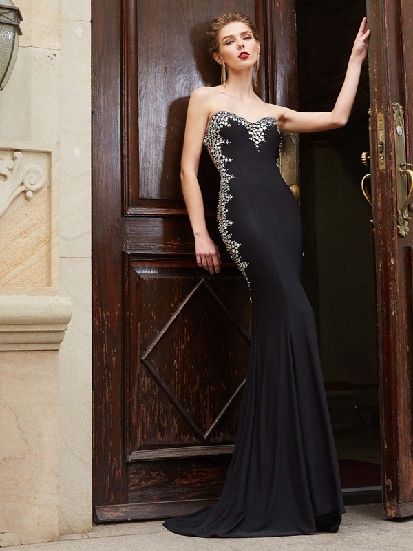 Unique Sheath Sweetheart Cut Spandex Long Dresses With Sequin