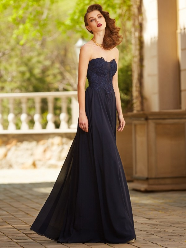 Soft A-Line Sweetheart Cut Chiffon Long Dresses With Applique