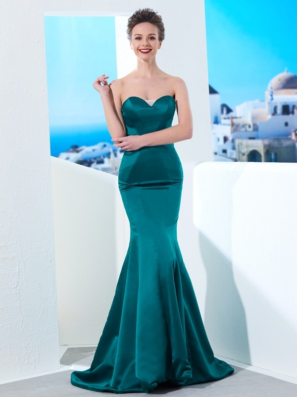 Stylish Mermaid Sweetheart Cut Satin Long Dresses With Ruched