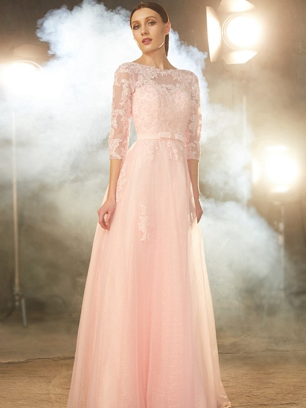 Pretty A-Line Bateau Cut Tulle Long Dresses With Applique