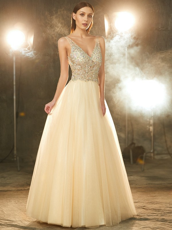 Graceful Ball Gown V-neck Cut Tulle Long Dresses With Beading
