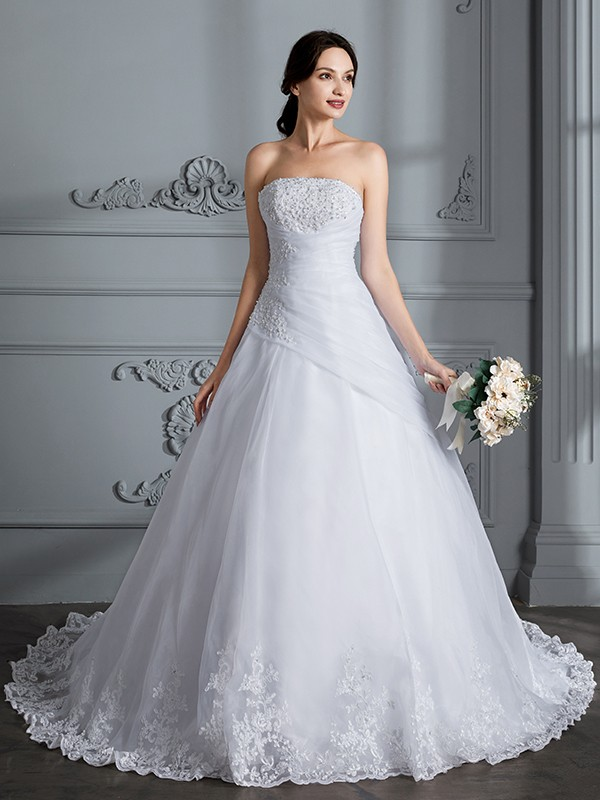 Charming Ball Gown Strapless Cut Organza Long Wedding Dresses With Ruffles