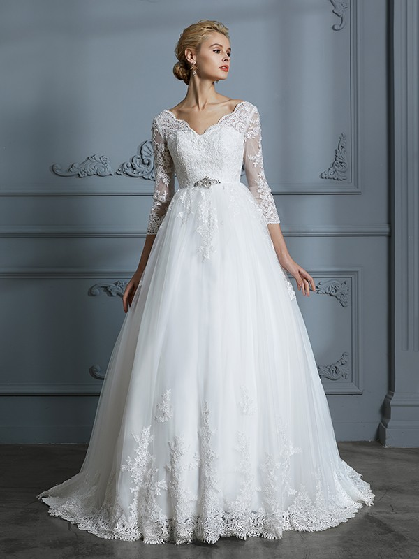 Attractive Ball Gown V-neck Cut Tulle Long Wedding Dresses With Lace
