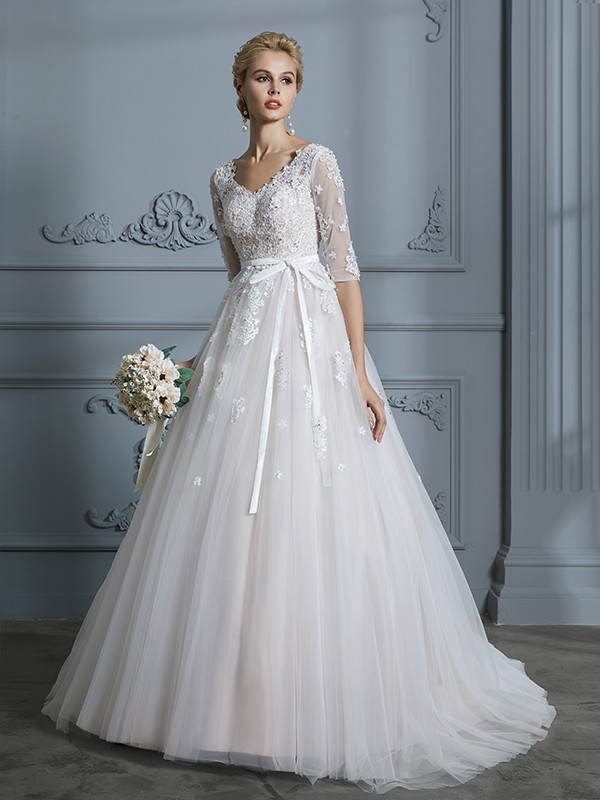 Special Ball Gown V-neck Cut Tulle Long Wedding Dresses With Lace