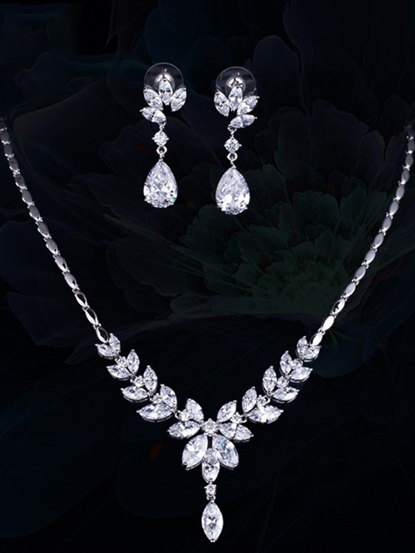Attractive Copper With Zircon Jewelry Sets For Women