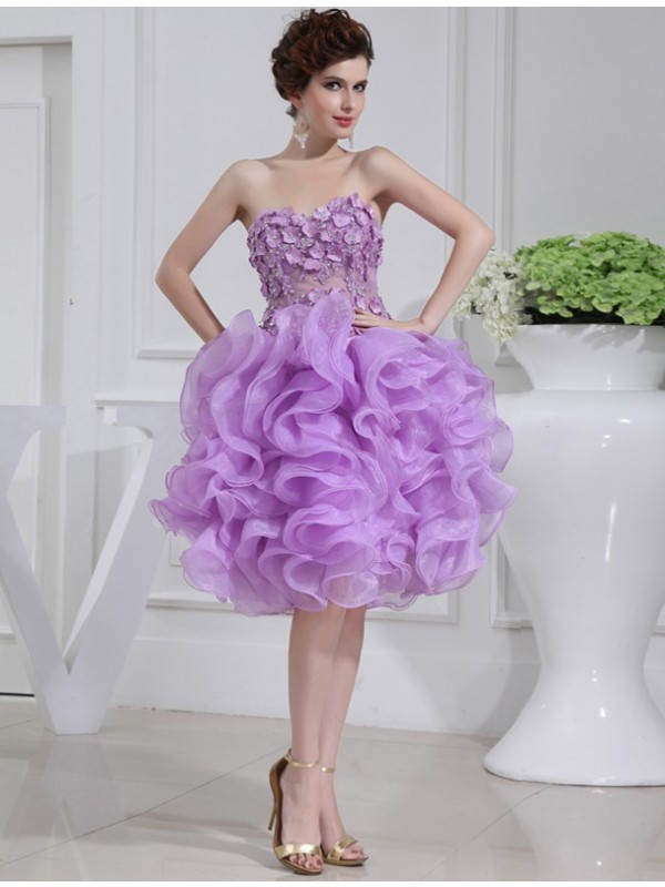 Awesome A-Line Sweetheart Cut Organza Short Dresses With Beading