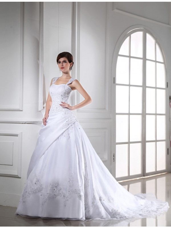 Charming Ball Gown Strapless Cut Satin Long Wedding Dresses With Beading