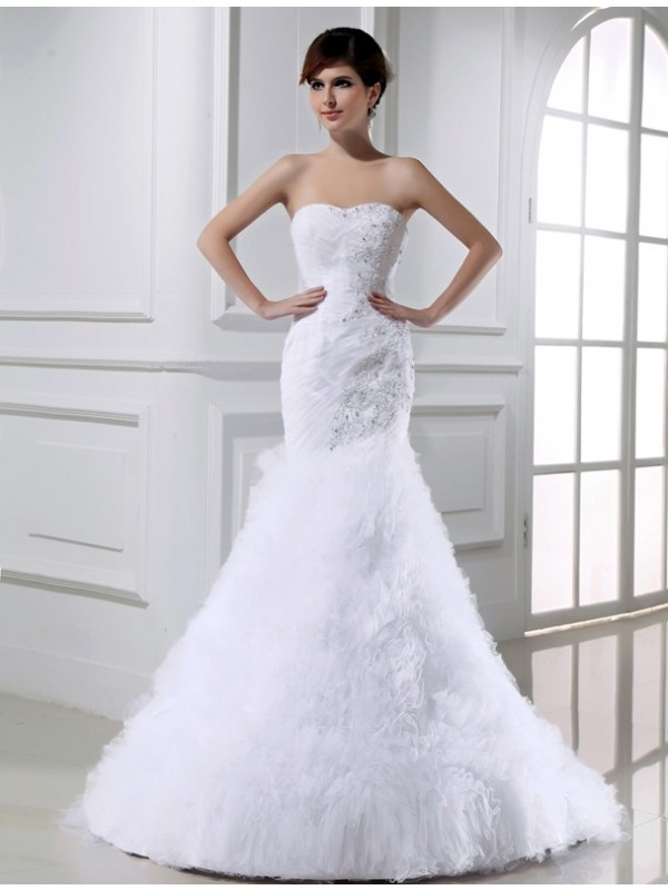 Graceful Mermaid Strapless Cut Tulle Long Wedding Dresses With Beading