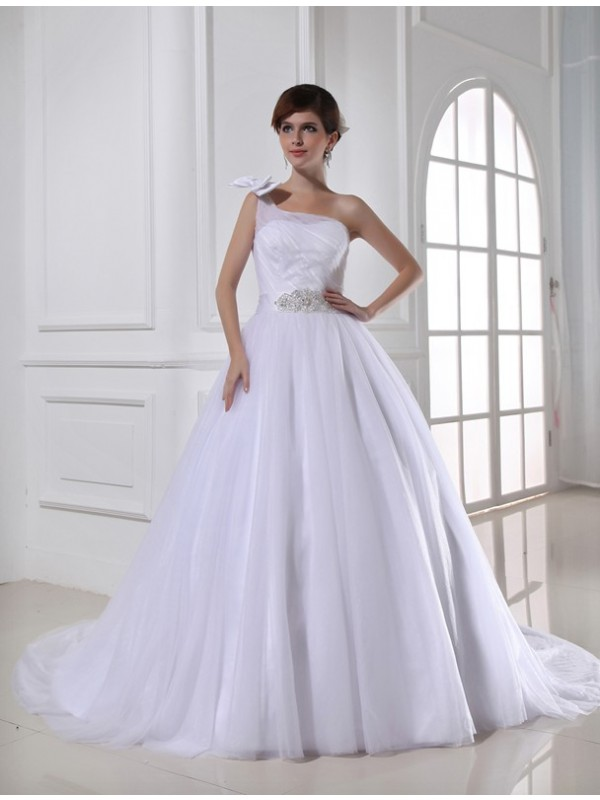 Bright Ball Gown One-Shoulder Cut Tulle Long Wedding Dresses With Beading