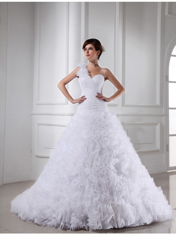 Charming Ball Gown Sweetheart Cut Organza Long Wedding Dresses With Pleats