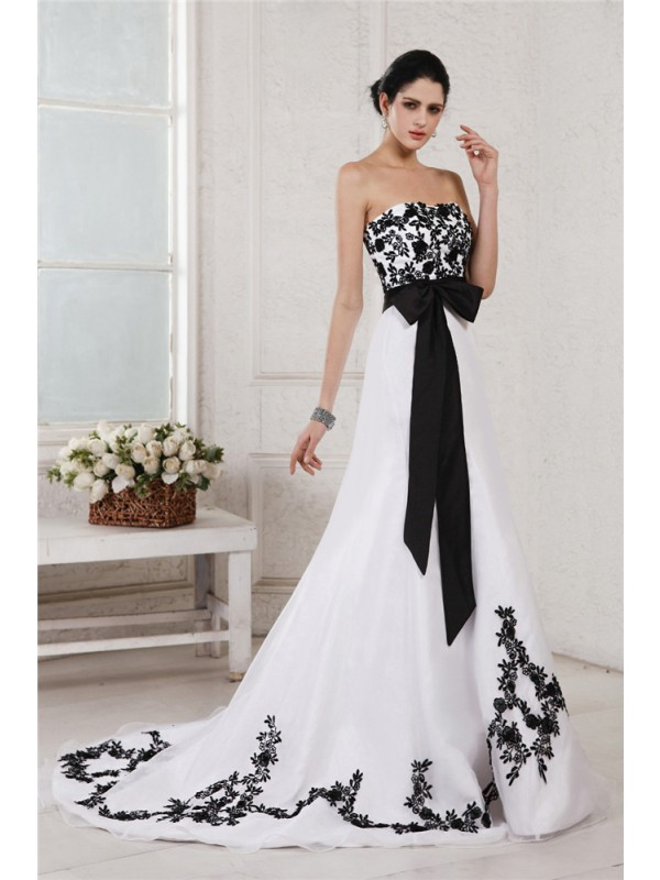 Stunning A-Line Sweetheart Cut Satin Long Wedding Dresses With Embroidery