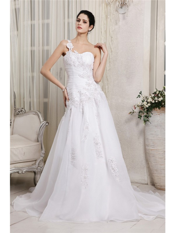 Delicate A-Line One-Shoulder Cut Organza Long Wedding Dresses With Beading