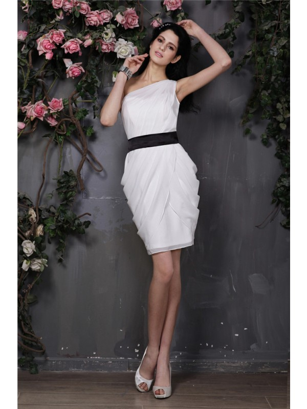 Shining Sheath One-Shoulder Cut Chiffon Short Dresses With Pleats