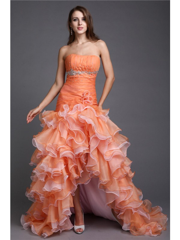 Fashional Ball Gown Strapless Cut Organza High Low Dresses With Beading