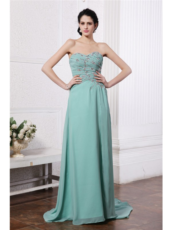 Attractive Sheath Sweetheart Cut Chiffon Long Dresses With Beading