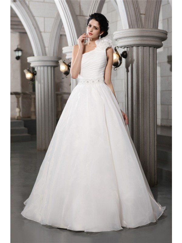 Brilliant A-Line One-Shoulder Cut Organza Long Wedding Dresses With Beading