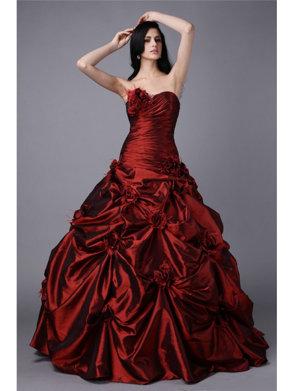 Pretty Ball Gown Strapless Cut Taffeta Long Dresses With Hand-Made Flower