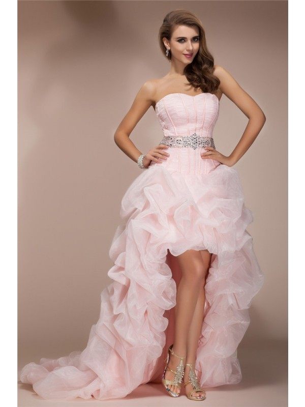 Hot A-Line Sweetheart Cut Organza High Low Dresses With Beading