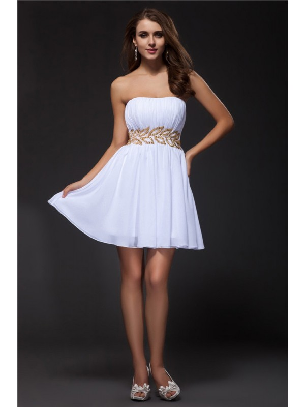 Elegant A-Line Strapless Cut Chiffon Short Dresses With Beading