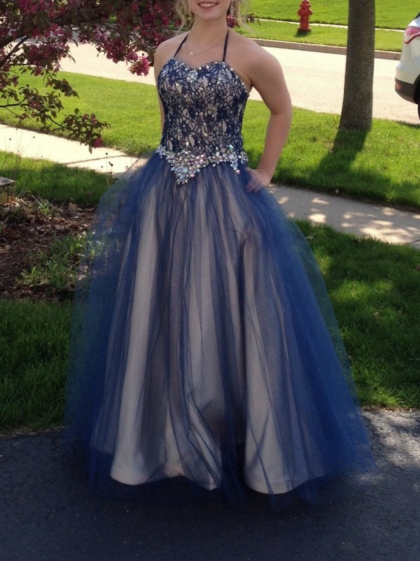Sweet Ball Gown Halter Cut Tulle Long Plus Size Dresses With Beading