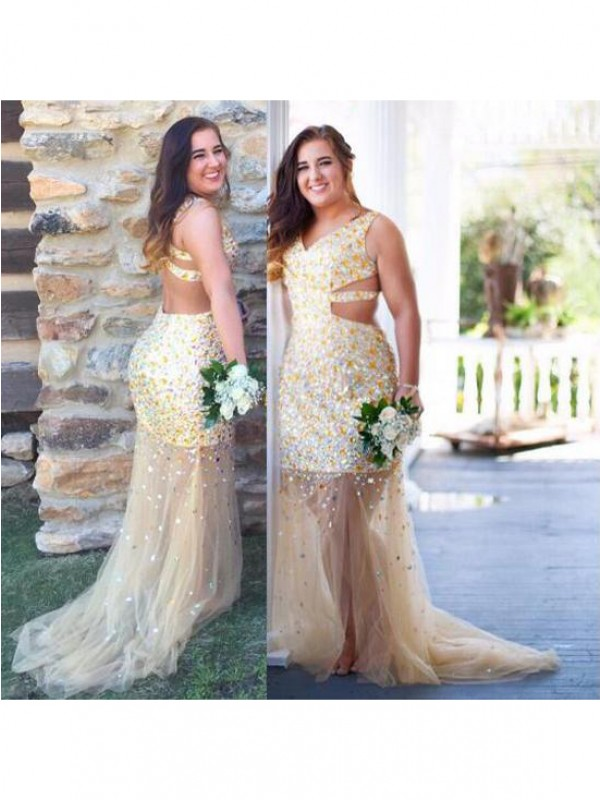 Chic Sheath V-neck Cut Tulle Long Plus Size Dresses With Sequin