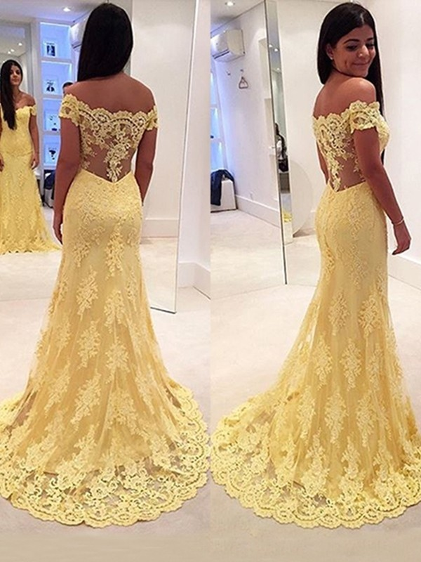 Mermaid Style Off-the-Shoulder Lace Sweep/Brush Train Dress