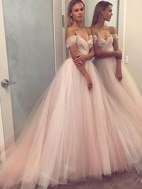 Trendy A-Line Off-the-Shoulder Cut Tulle Long Dresses With Beading