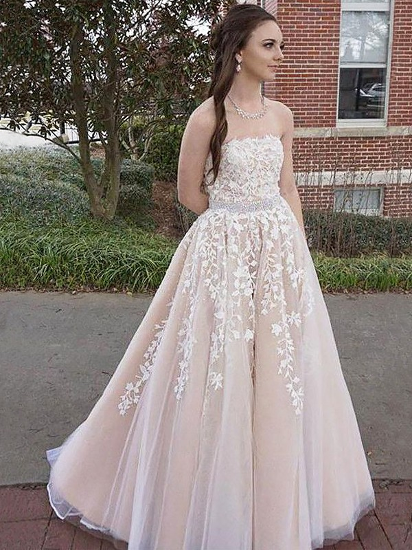 Soft A-Line Strapless Cut Tulle Long Dresses With Applique