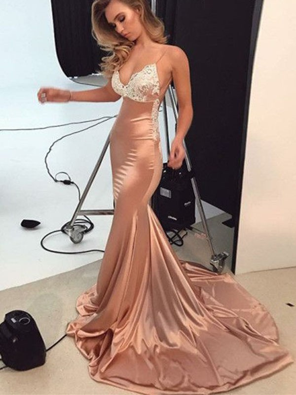 Glamorous Mermaid Straps Cut Satin Long Dresses With Applique