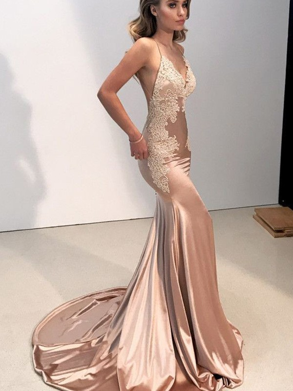 Exquisite Mermaid Straps Cut Silk like Satin Long Dresses With Applique