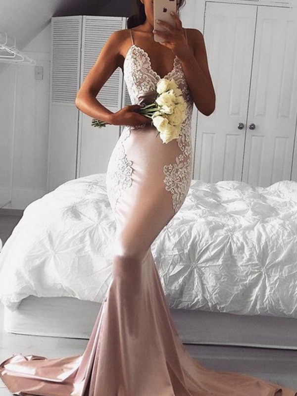 Brilliant Mermaid V-neck Cut Satin Long Dresses With Applique