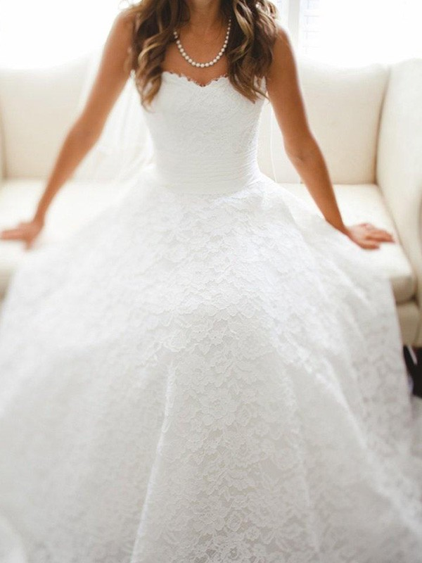 Delicate A-Line Sweetheart Cut Lace Long Wedding Dresses With Lace