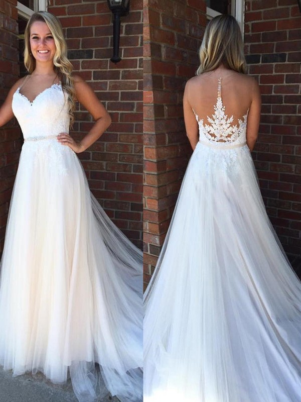 Dreamlike A-Line Scoop Cut Tulle Long Wedding Dresses With Applique