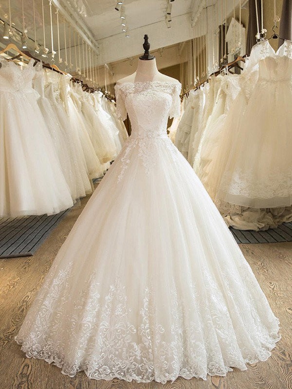 Trendy Ball Gown Off-the-Shoulder Cut Tulle Long Wedding Dresses With Applique