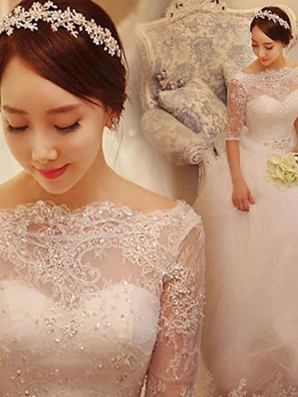 Popular Mermaid V-neck Cut Tulle Long Wedding Dresses With Lace
