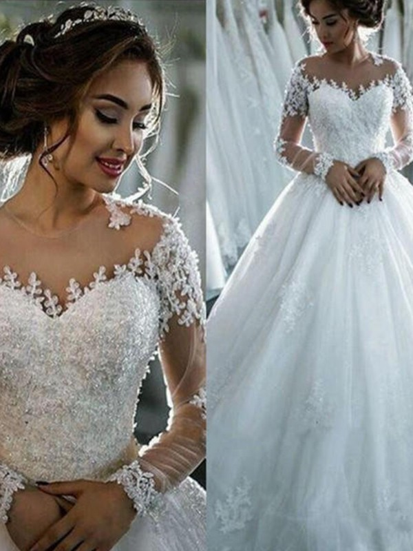 Elegant Ball Gown Bateau Cut Tulle Long Wedding Dresses With Beading