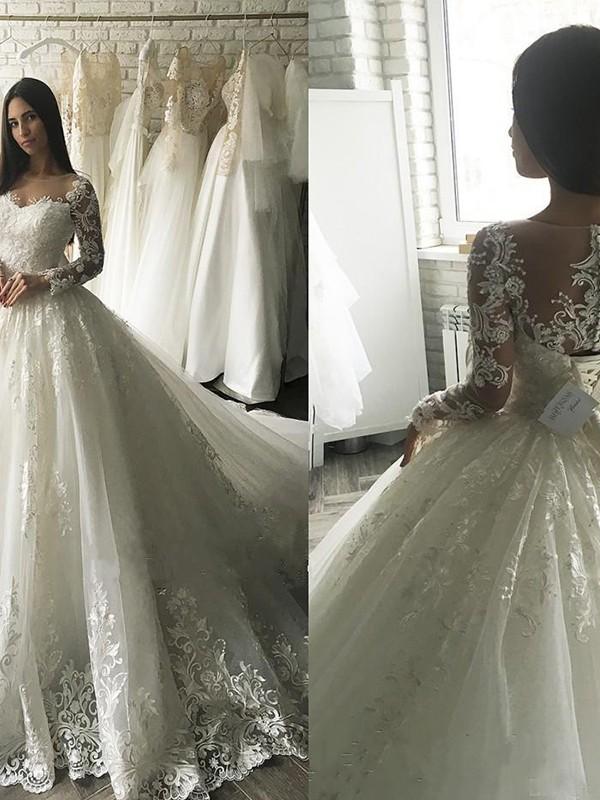 Nice Ball Gown Scoop Cut Tulle Long Wedding Dresses With Applique