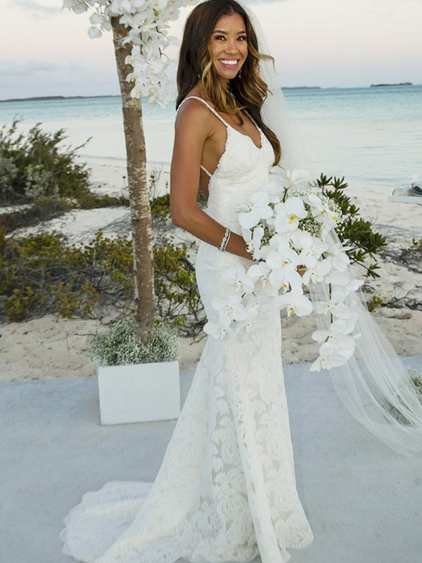 Attractive Mermaid Spaghetti Straps Cut Lace Long Wedding Dresses With Lace